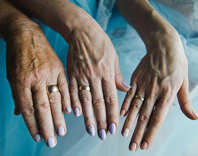6 këshilla për duar të buta dhe përjetësisht rinore!
