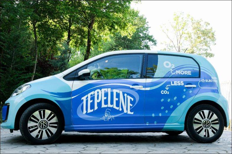 Përse Uji i Ftohtë Tepelene i ktheu makinat e veta në elektrike?