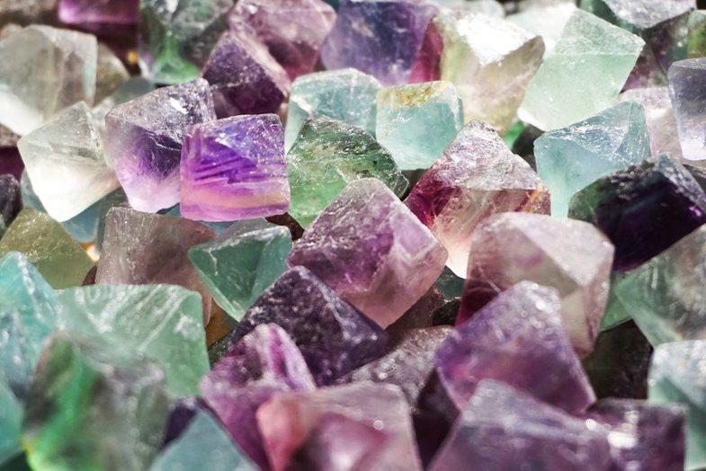 Kristalet shëruese: 7 kristale që ju duhen për të shtuar