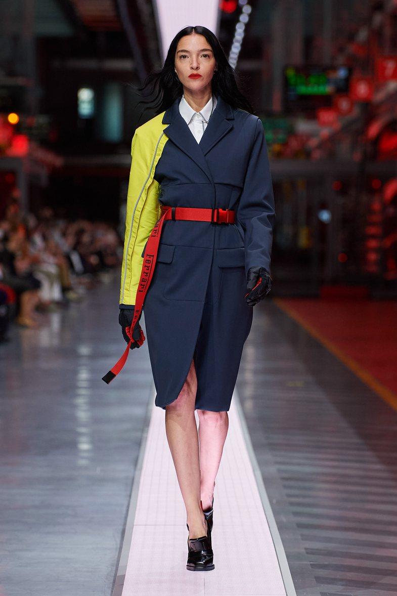 Ferrari, zyrtarisht pjesë e industrisë së modës: Ja si duken