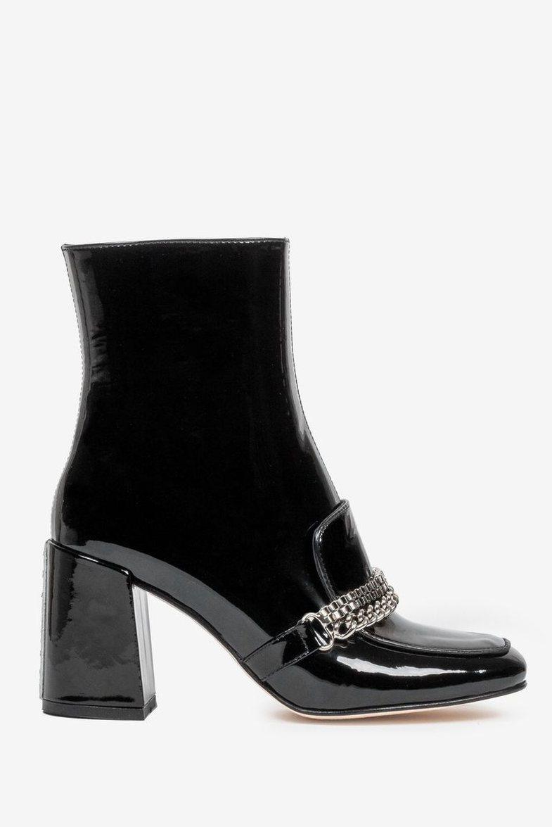 10 trende këpucësh e sandalesh për 2021-shin që për pak