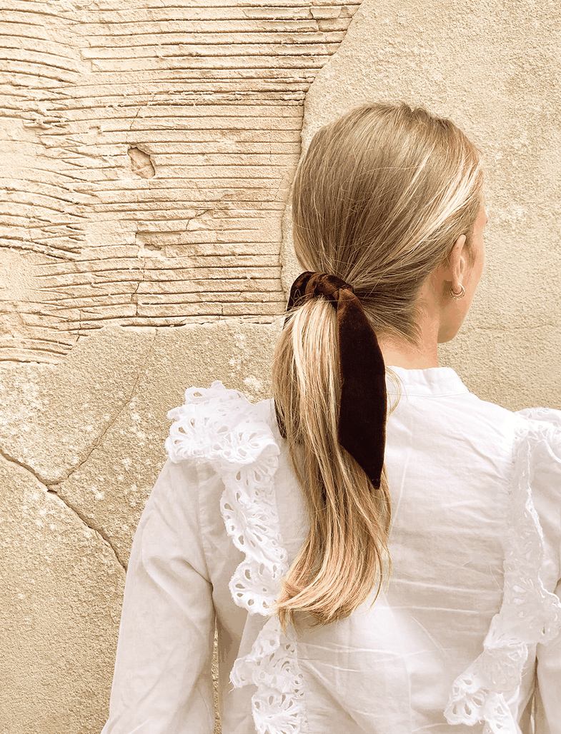 Flokë të kapur bisht: 9 modele bazike, por jo të mërzitshme