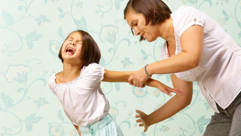 Efektet e shuplakave nga prindërittek fëmijët mund të