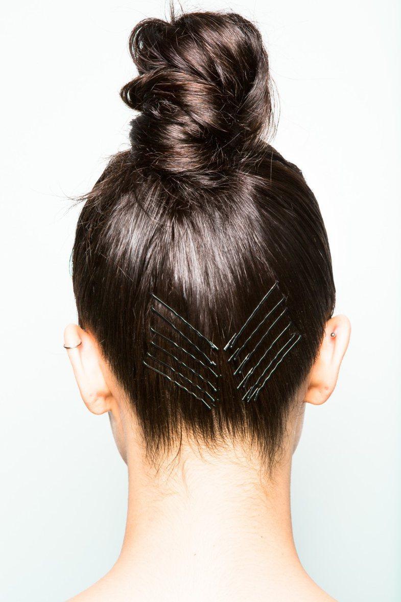 Është vapë dhe zgjidhja e vetme për flokët janë