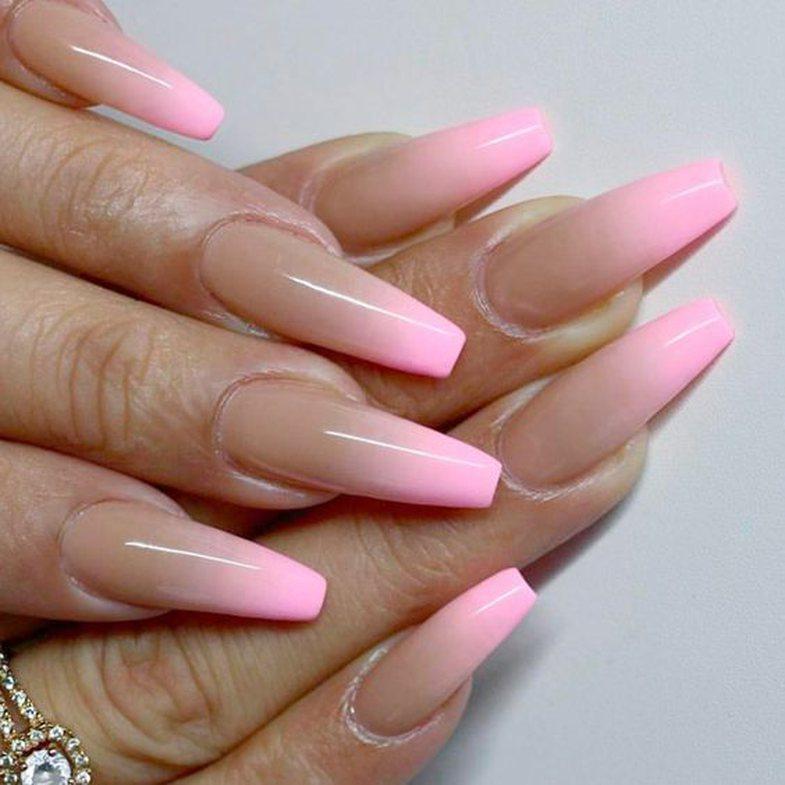 Nga baby pink te magenta: 10+ ide për thonjtë nëse këtë