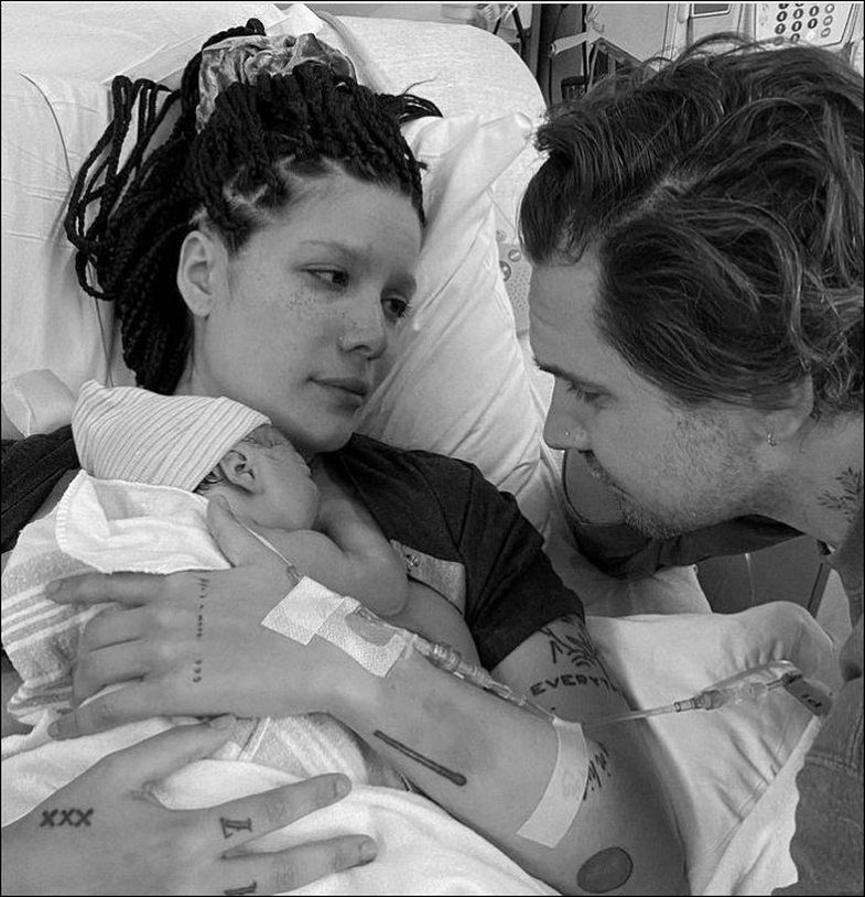 Halsey bëhet nënë: Këngëtarja zbulon emrin e bebit