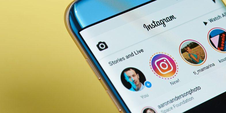 Disa studiues krijuan profile të rreme adoleshentësh në Instagram