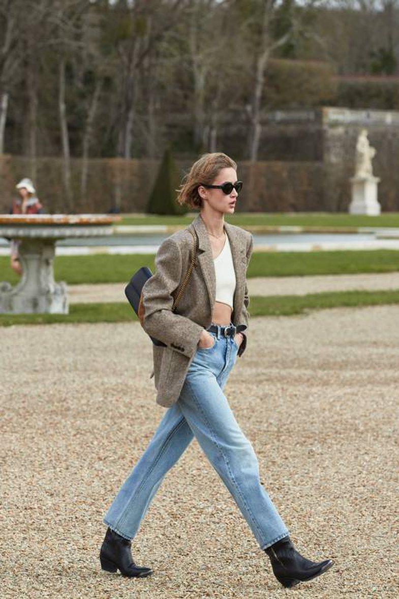 7 trende të xhinsit që do t'i blini së shpejti