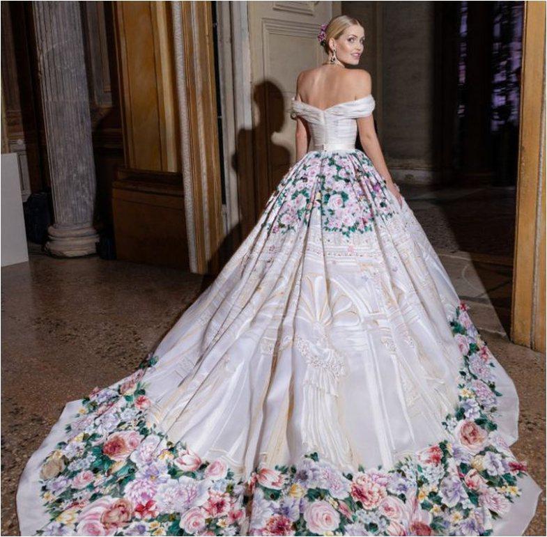 5 fustanet që veshi në dasmë Lady Kitty Spencer