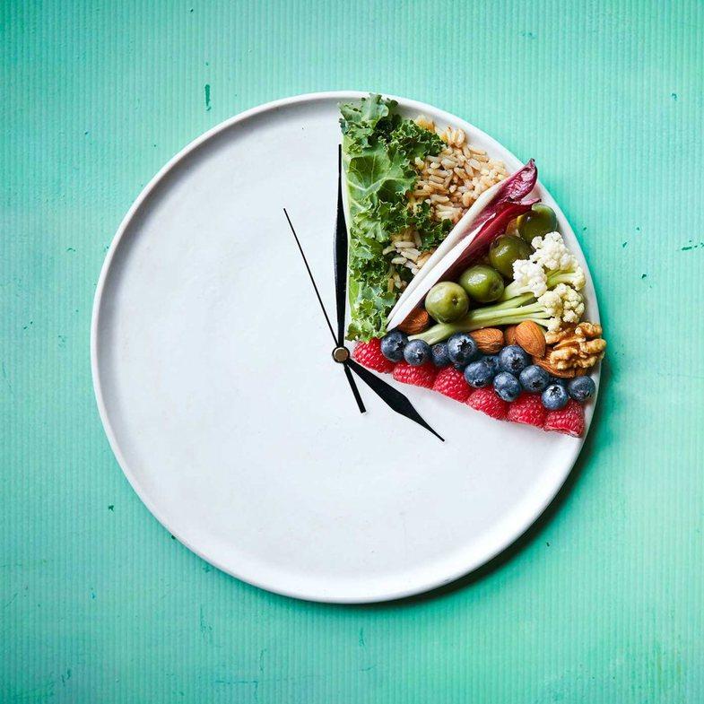 Kur duhet të hani? Ja kur vaktet janë më të shëndetshme
