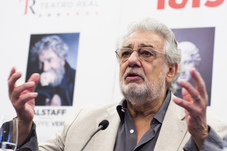 Plácido Domingo: Nga madhështia, akuzat për ngacmim seksual,