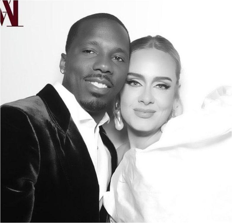 Adele konfirmon lidhjen përmes një fotoje në Instagram
