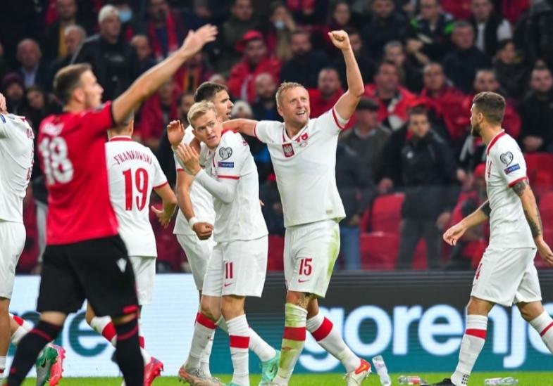 Incidentet gjatë ndeshjes Shqipëri-Poloni: Reagon FIFA